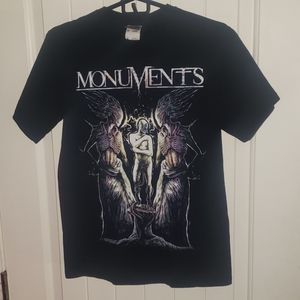 MONUMENTS BAND TEE